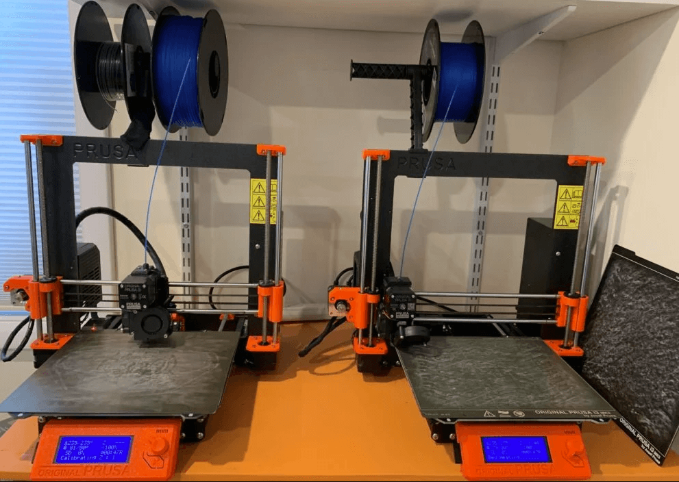 2-3d-printers-side-by-side